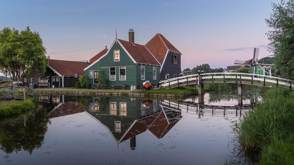 vierkante meterprijs in Zaandam en Amstelveen boven het landelijk gemiddelde